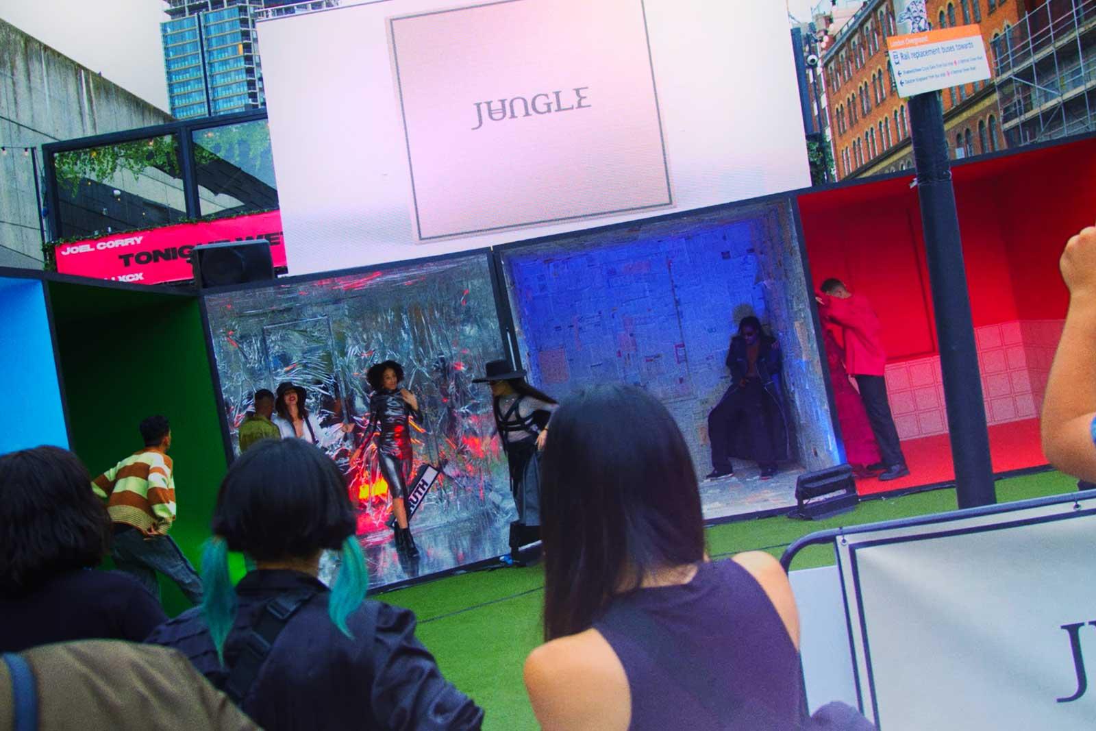 Jungle: Love In Stereo